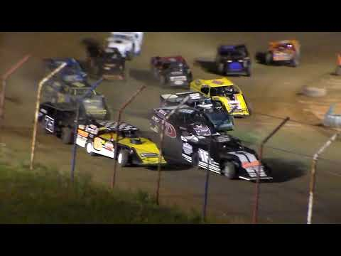 Dog Hollow Speedway - 9/10/17 E-Mods Feature Race