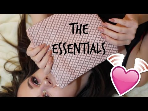 THE MAKEUP ESSENTIALS YOU NEED // BEGINNER...