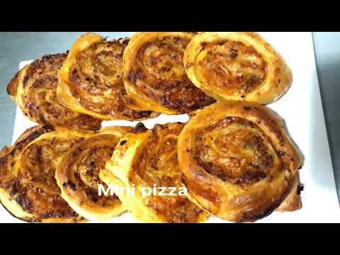 recette-de-mini-pizzas---gourmandes-et-facile-à-réaliser,-le-début-d'un-bon-repas,-délicieuses