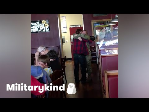 Son tackles Airman mom in homecoming surprise | Militarykind