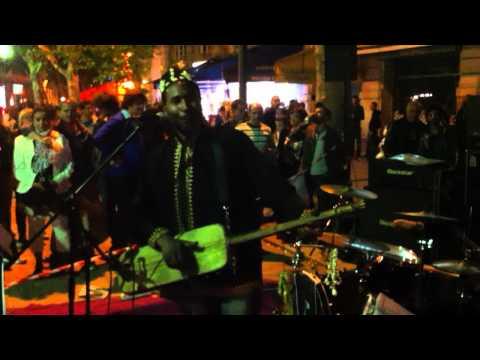 Maâlem Abdel Jalil - Fête de la musique å place St michel 3