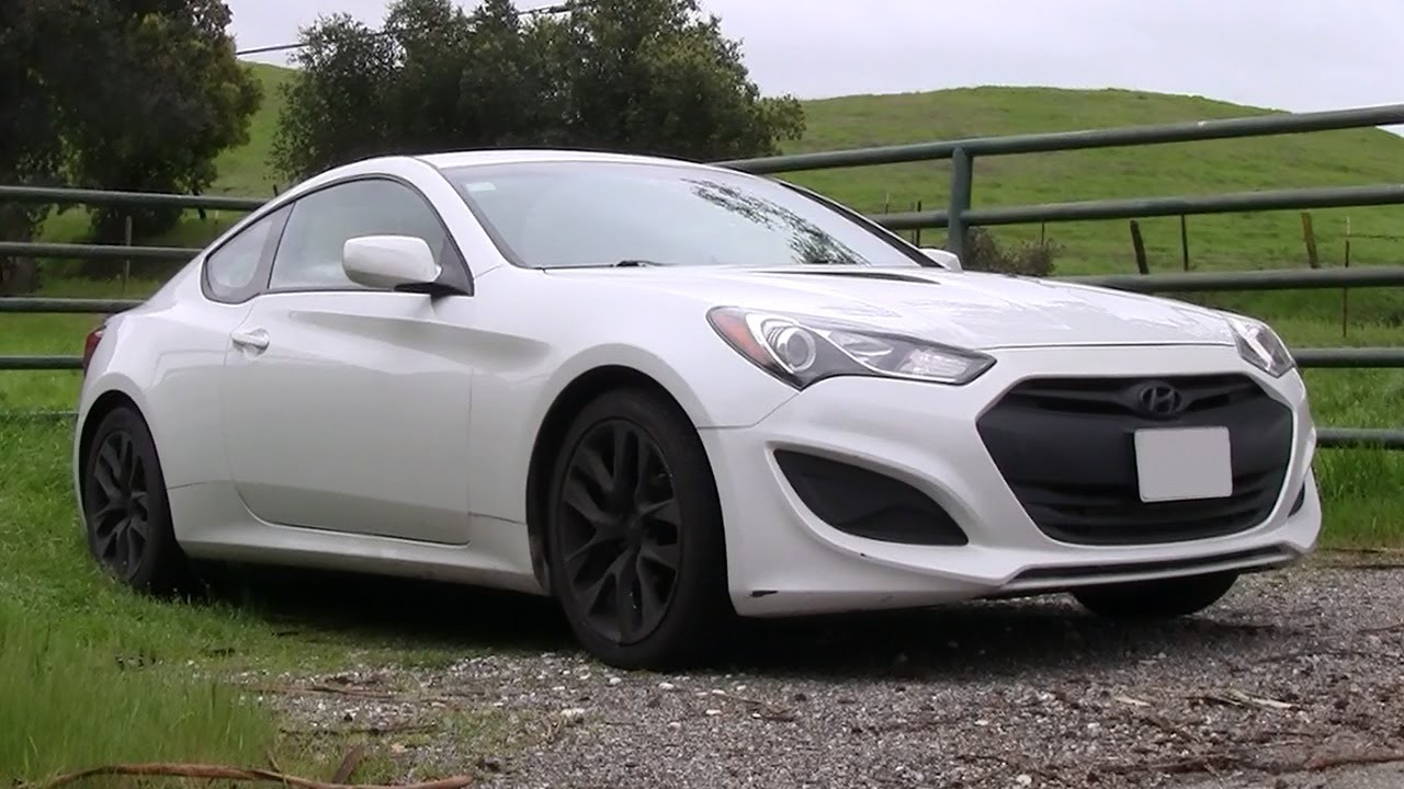 coupe hyundai en test motor trend center genesis spec stack news r first