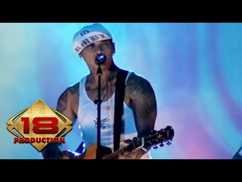 Superman Is Dead (SID) - Lady Rose (Live Konser Malang 1 April 2013)