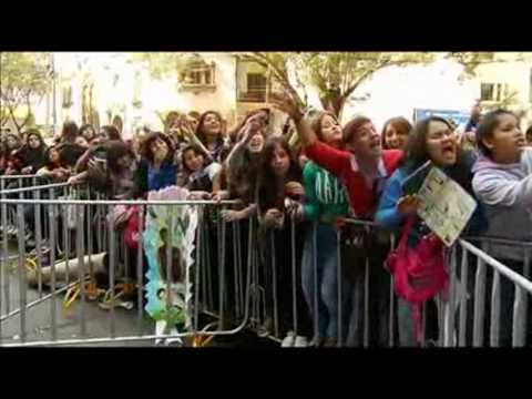 Bieber Fever Grips Mexico City Ahead Of Star's Concert
