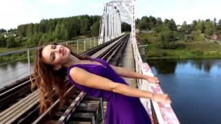 Скачать Жизнь прекрасна с Викторией Исаевой