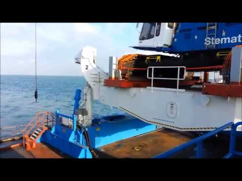 Barge Master motion compensated crane operation