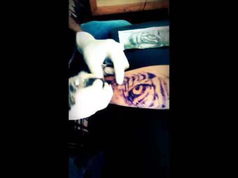 Tatuaje Antebrazo De Tigre Youtube