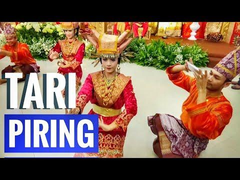 Tari Piring Padang Sumatera Barat