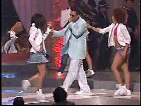 Daddy Yankee - Lo Que Paso, Paso y Gasolina (Billboards Live 2005)