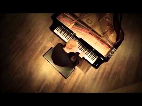 Rolling In The Deep Video (The Piano Guys)