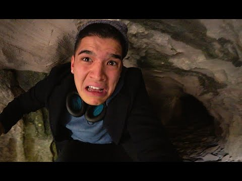 EXPLORiNG A BEAR CAVE!! | Kentucky