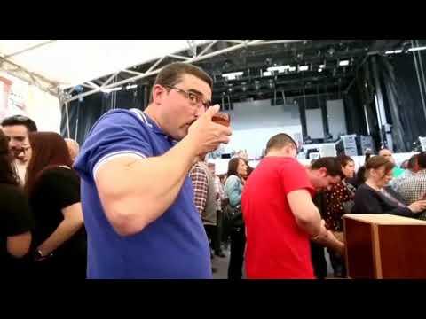 A VIII Festa do Viño de Negueira de Muñiz congrega a centos de persoas