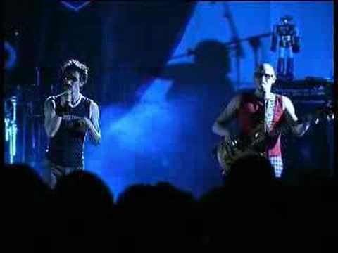 Download GEMBOY - Carlo e Licia prima volta dal vivo! Professionale!