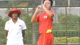 China: Advancing in Cricket (English)