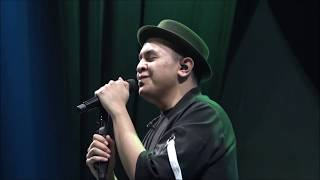 Download lagu Tulus - 1000 Tahun Lamanya & Sewindu (Live at PLAYLIST LIVE FESTIVAL 2019)