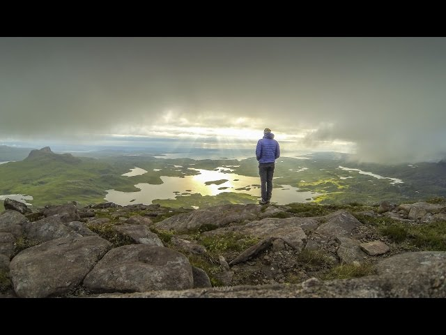 Living on the Edge - Wild Camping in Assynt - Cul Mor Summit camp