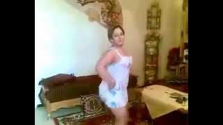 شرموطة جزائرية  و رقص عارى