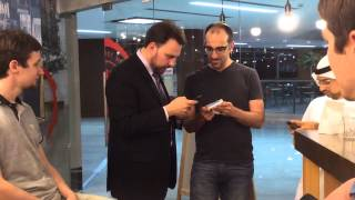 Buying pizza with Bitcoin in Dubai!   Bruce Fenton at Pizza