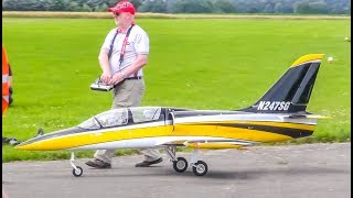 R/C EXTREME! Stunning RC Jets! starts, landings, HIGH SPEED!