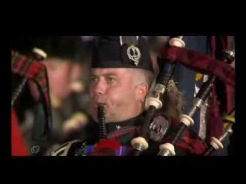 """Moscow festival """"Kremlin Zorya 2007"""". Bagpipes, Fireworks at the Red Square. """"Amazing Grace"""""""