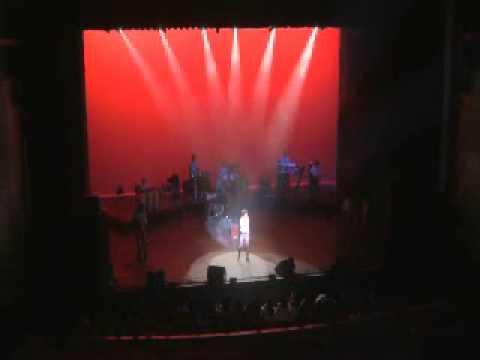 Sonu Nigam sings Billie Jean (by Michael Jackson)
