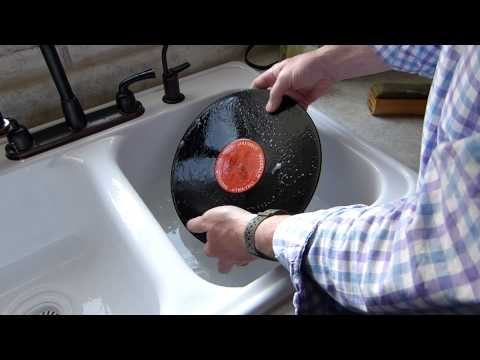 Washing a dirty LP record using soap and water - cheap and safe method!