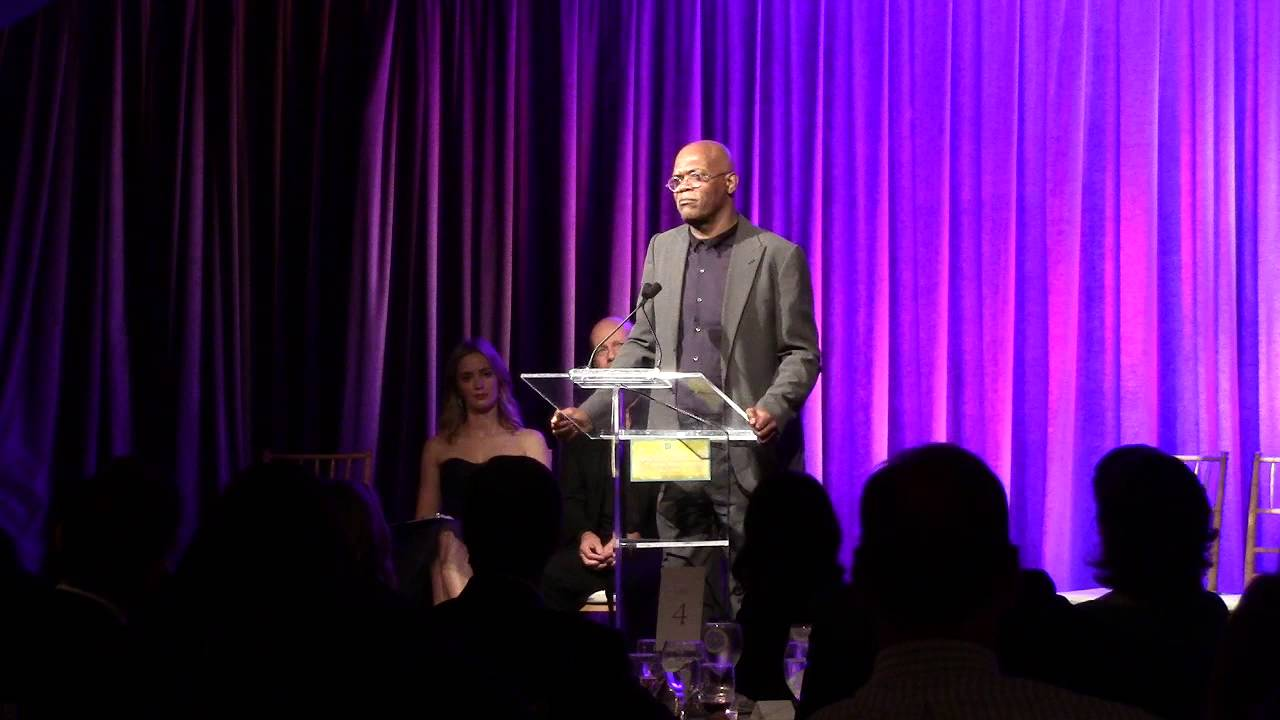 Samuel L. Jackson speaks at the AIS Gala 2013 - YouTube