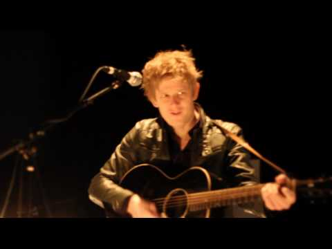 [DCist] Spoon - Me and the Bean (Live @ 9:30 Club)