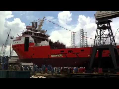 Ship Launching Amazing ................../27/09/2010