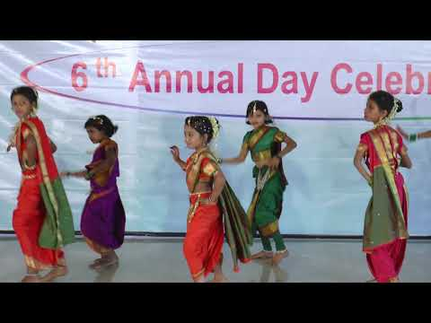 Mala Jau De - HD English Medium School Gathering Dance - 2017-18