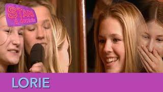 Lorie quitte une émission de télé pour se rendre chez une fan ! - Stars à domicile
