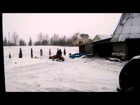 sodo traktoriukas