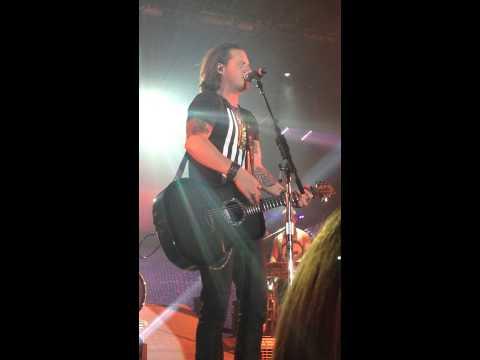 Florida Georgia Line- Hell Raisin' Heat of the Summer 11/15/13
