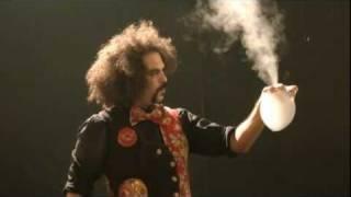 Amazing Doctor Bubble's Bubble Show In Mumbai (HD)