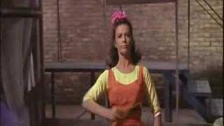 "West Side Story 1961 - ""I feel pretty"""
