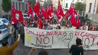 Padova, manifestazione degli studenti contro il governo