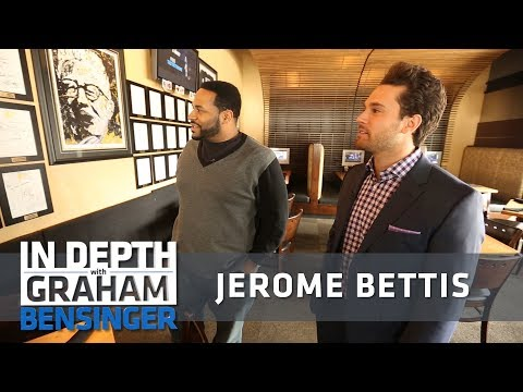 Jerome Bettis shows off his Pittsburgh restaurant