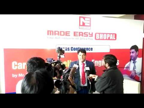 Mr. B. Singh (Ex. IES) CMD MADE EASY Group Addressing Media at MADE EASY Bhopal ISBT Centre