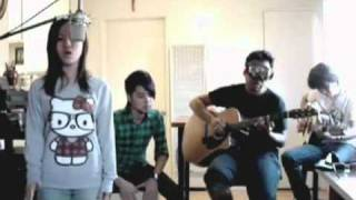 1 Bleeding Love - a cover by Mon room39.flv