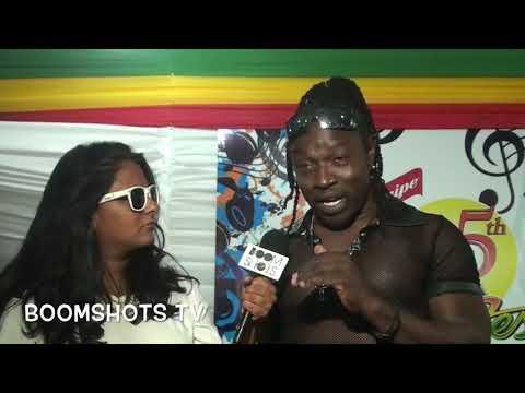 Mad Cobra Flexing at Reggae Sumfest 2017