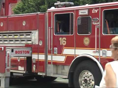 Charles Sumner Elementary School Students Thank Boston Firefighters