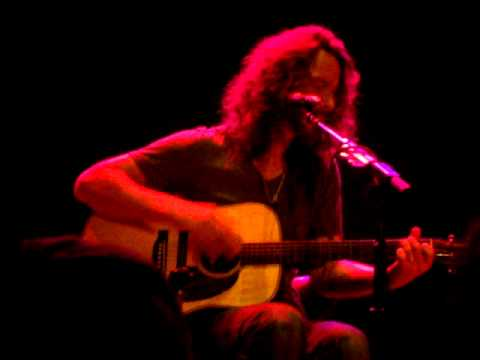 "Chris Cornell ""Imagine"" (Live at Pabst Theater 4/23/11)"