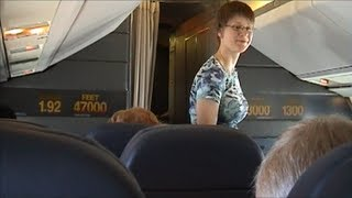 Concorde Flight-New York to London with detailed Captain's commentary 2003 (No music, best video!) thumbnail
