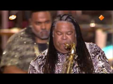 Kool & the Gang /  New Year's Eve performance
