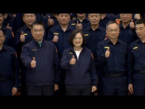 民進黨蔡賴對決 全體支持度賴35%蔡25%|寰宇整點新聞20190422