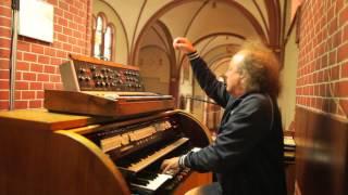 Józef Skrzek plays Minimoog and church organ... again!