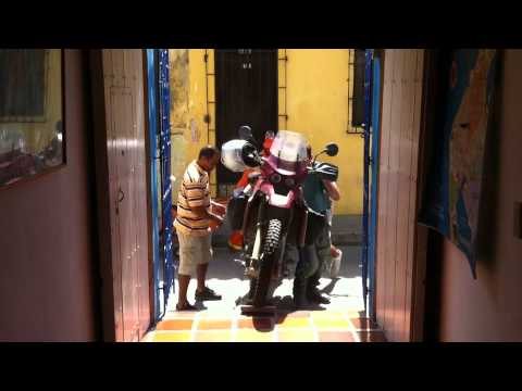 Ship motorcycle from Panama to Colombia with Stahlratte