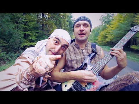 A Két Zsivány - Rámás csizmát visel a babám  ( Hivatalos videoklip ) letöltés