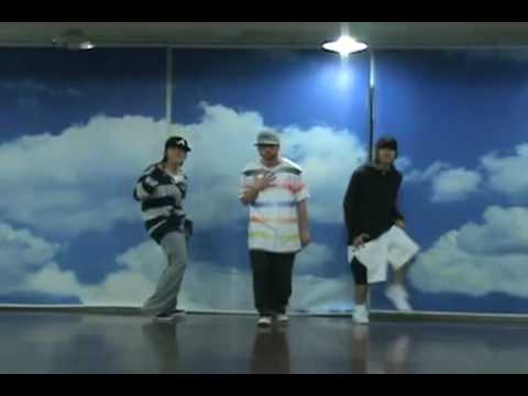 EunHae dancing to because of you by ne-yo with their choreographers