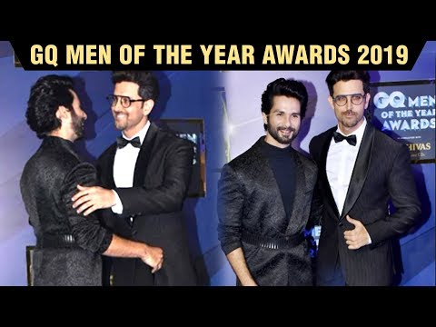 Shahid Kapoor And Hrithik Roshan HUG & GREET Each Other At GQ Men Of The Year Awards 2019 Mp3